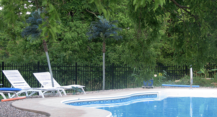 aluminum pool safety fence
