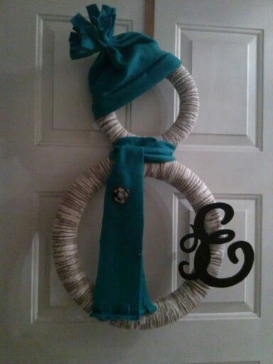 Pool noodle crafts- Snowman wreath